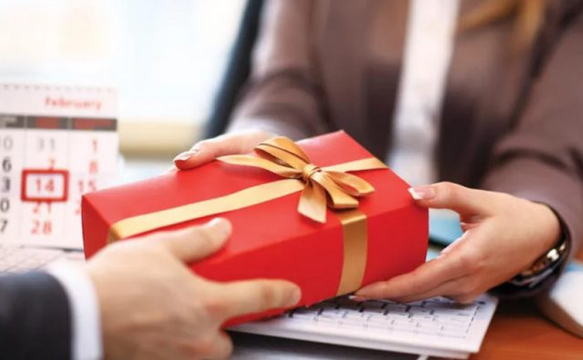 Những lưu ý khi chọn quà Tết cho khách hàng